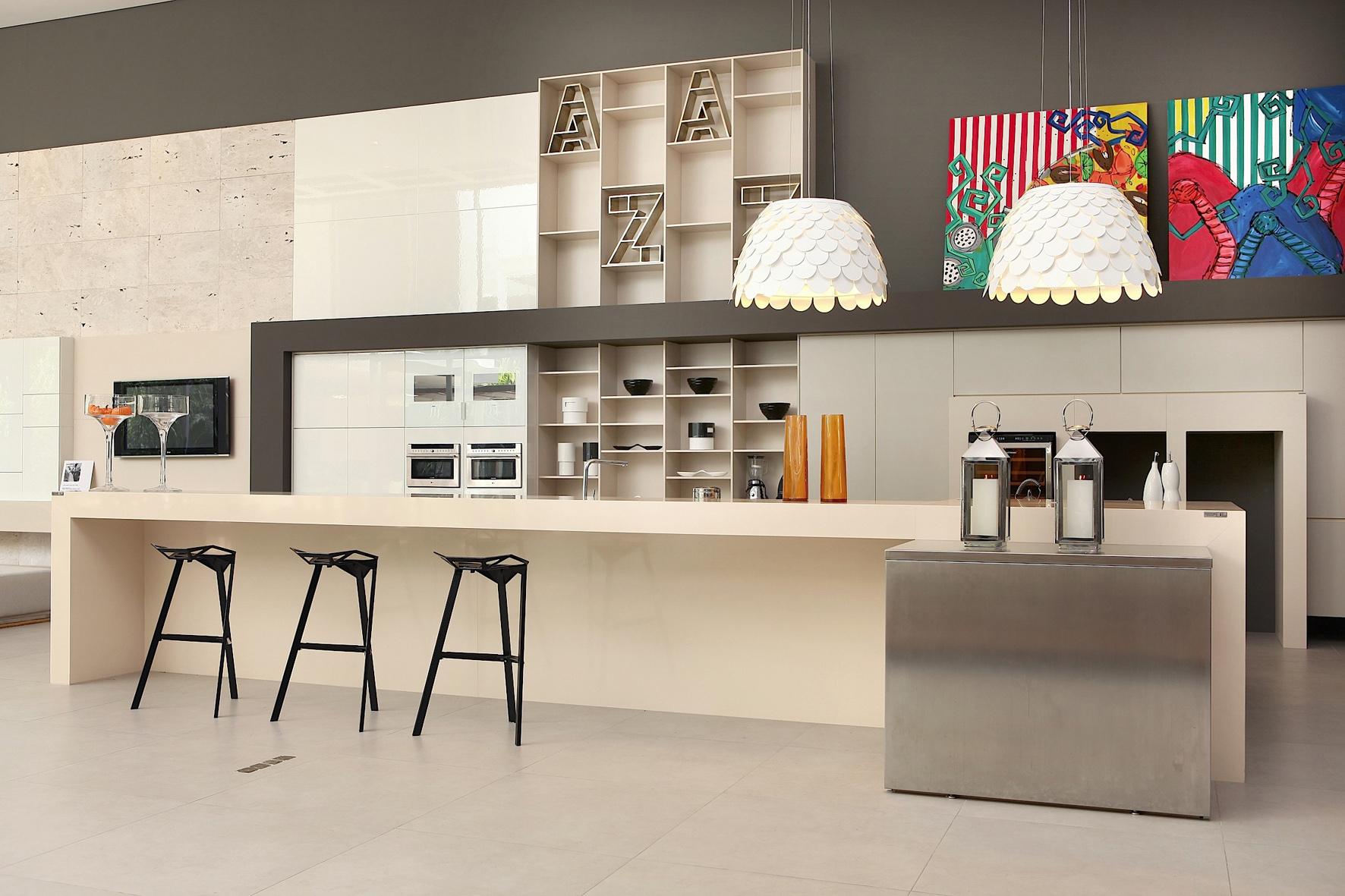 Dans la cuisine le quartz silestone peut jouer ses atouts for Cuisine lineaire design