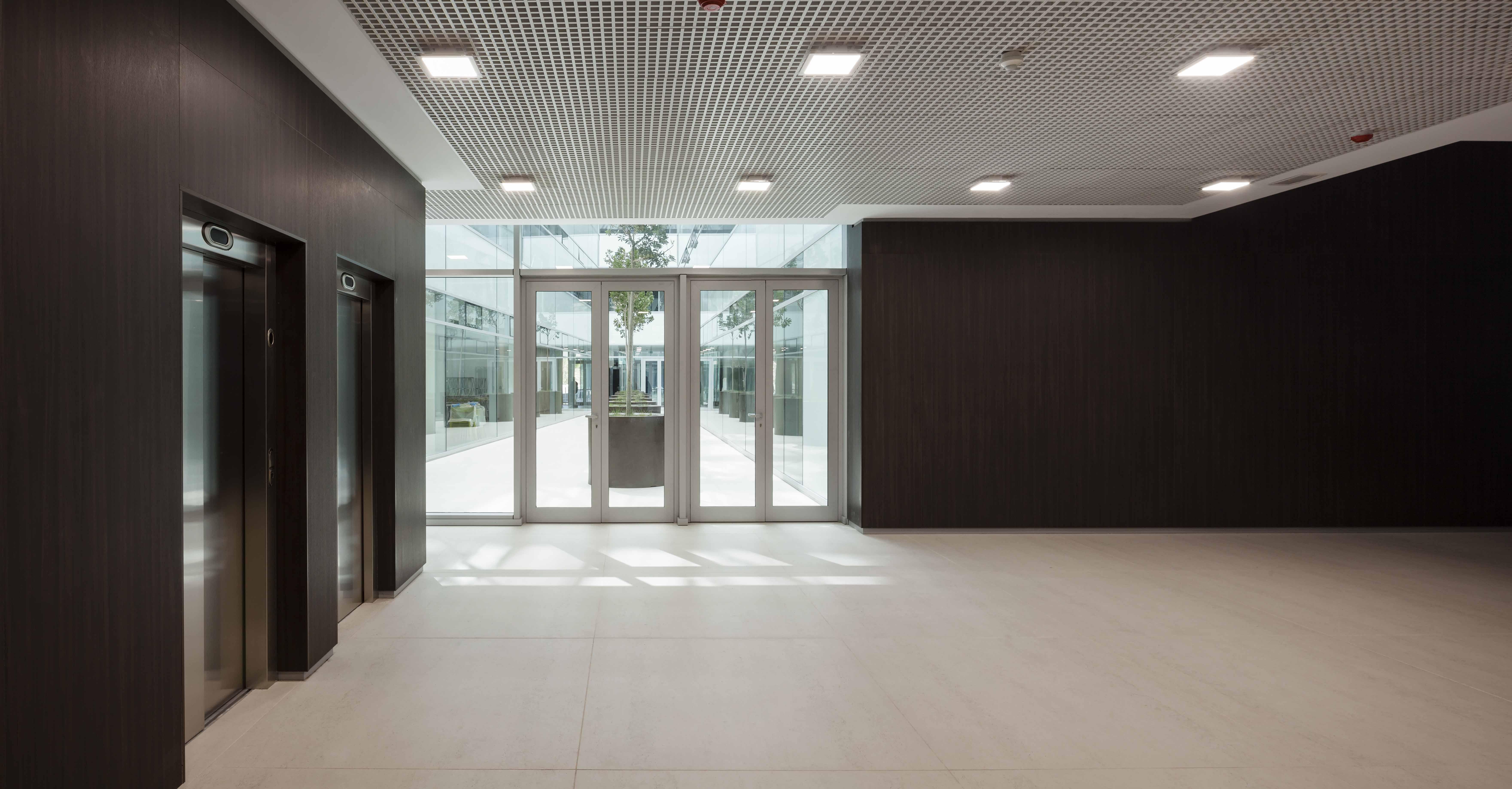 Neues Headquarter der Cajamar Group beeindruckt mit Dekton an vielen ...