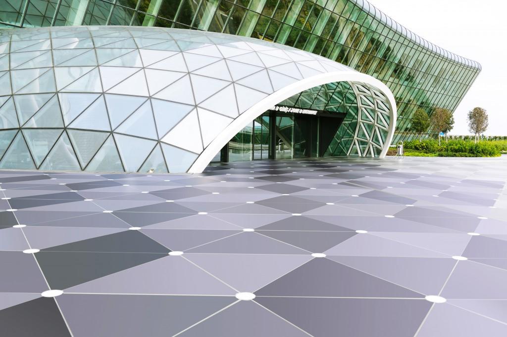 Dekton Solid Collection Sirius verlegt vor dem Flughafen Baku