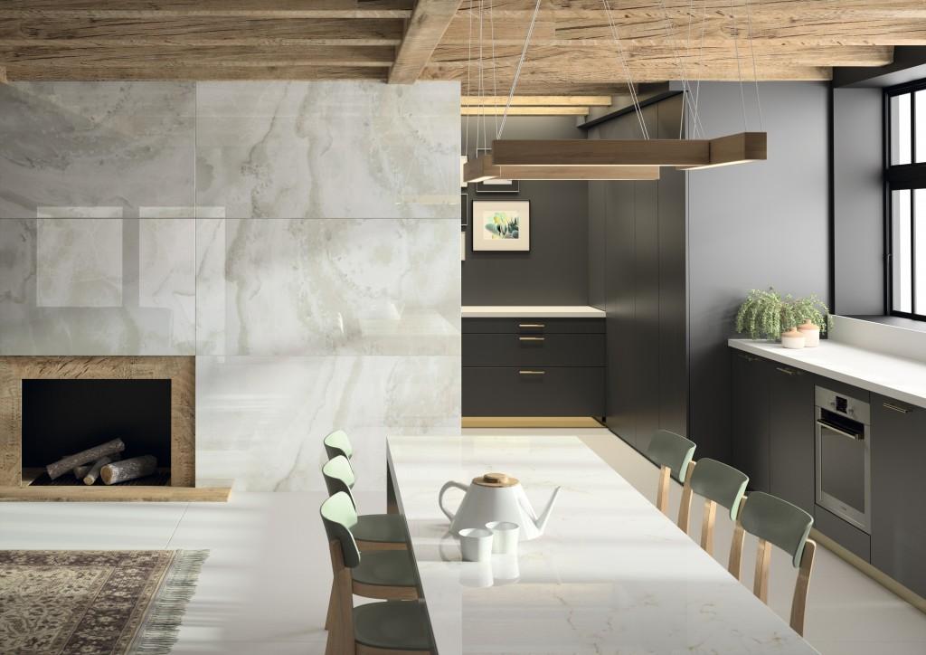"""Wandverkleidung mit Dekton XGloss Natural """"Fiord"""" und """"Glacier"""" als Küchenarbeitsplatte"""