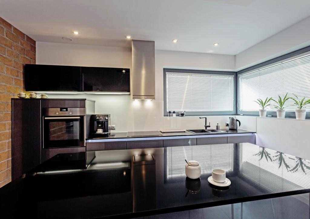 Küchenambiente mit Dekton XGloss Spectra.